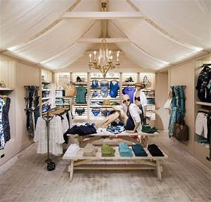 Tommy Bahama flagship store, New York The VM Space