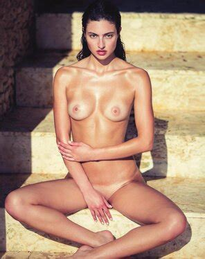 Isabelle Lagace Nude