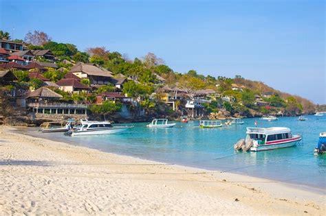 top  magical islands  bali  romantic trip