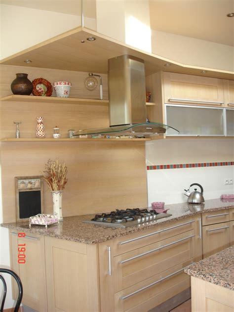 comment peindre meuble cuisine cuisine agréable peindre armoire cuisine chene peindre