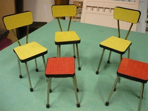 chaises formica chaises et tabourets en formica pour poupées the jolly