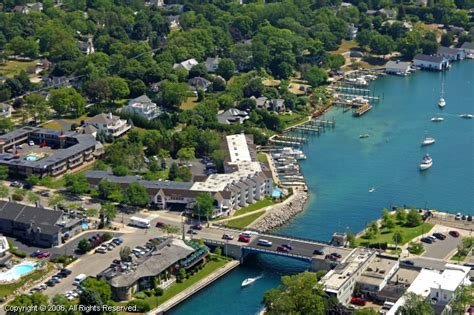Edgewater Boats For Sale In Michigan by Edgewater Inn Marina In Charlevoix Michigan United States
