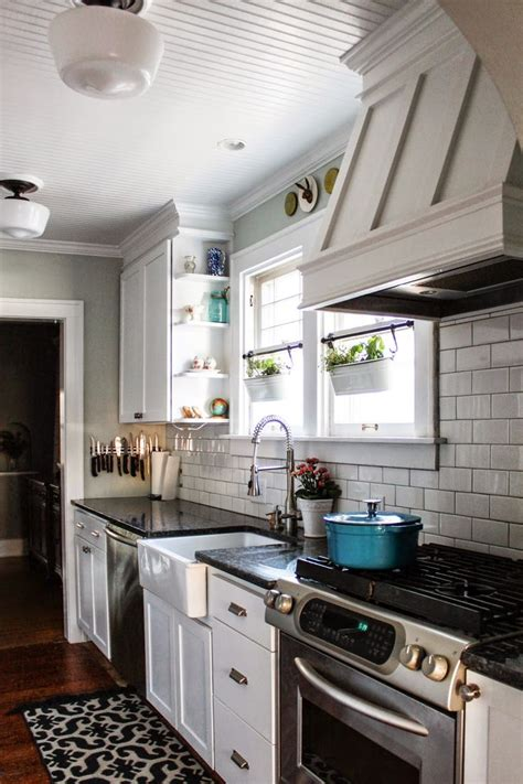 Best 25+ Galley Kitchen Remodel Ideas On Pinterest