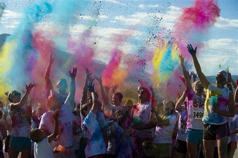 color in motion let s move it momma s color in motion 5k is coming to