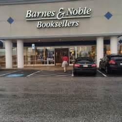 barnes and noble marketplace barnes noble booksellers 35 photos bookstores 620