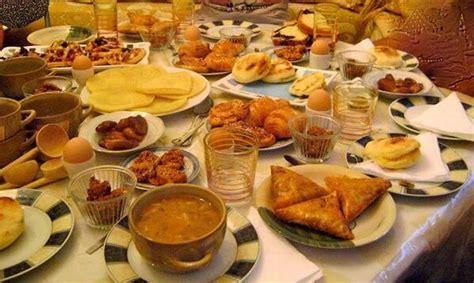 cuisine du ramadan maroctopnews on quot préparation de la table du ftour