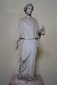 Ancient Greek Clothing (Article) - Ancient History ...
