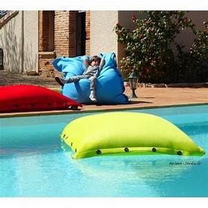 Matelas Bain De Soleil Impermeable : coussin piscine pouf 100x100 cm flottant shelto pas ~ Dailycaller-alerts.com Idées de Décoration