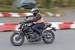 Moto Avec Permis B : moto permis moto plein phare ~ Maxctalentgroup.com Avis de Voitures
