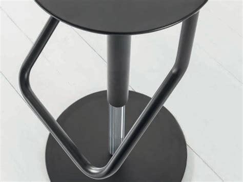 Sgabelli In Metallo by Sgabello In Metallo Laccato Skin