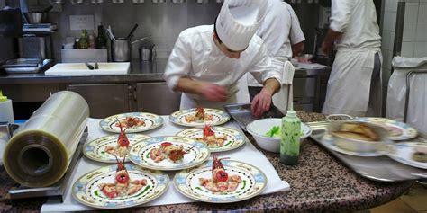 apprendre la cuisine ils viennent du monde entier pour apprendre la cuisine française chez bocuse la libre