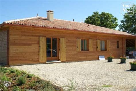 maison en bois massif empile maison en parpaing de bois massif