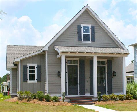 Narrow Cottage Plans by 3 Bed Narrow Lot Cottage Home Plan 11762hz
