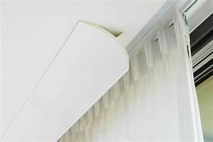 Lampenkabel Decke Verstecken : elegante l sung mit gardinen und stuckleisten von orac decor ewering blog ~ Sanjose-hotels-ca.com Haus und Dekorationen