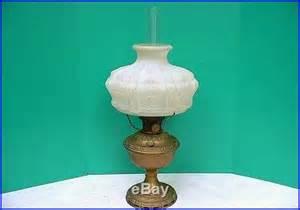 antique aladdin model 7 kerosene oil l w 401 glass shade