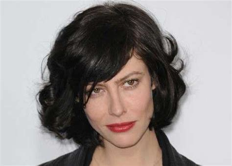 20 Short Bobs With Side Bangs