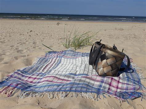 Lina lakats Pikniks pie jūras