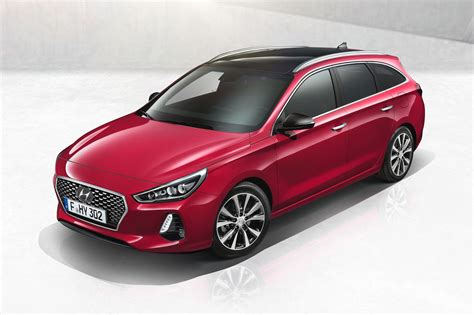 new hyundai i30 wagon is the elantra estate we ll never get carscoops