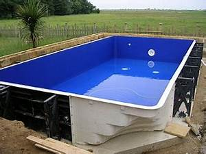 Piscine Pas Cher Tubulaire : pourquoi choisir une piscine coque piscines et jacuzzi ~ Dailycaller-alerts.com Idées de Décoration