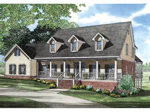 cape cod house designs shannon place cape cod home plan 055s 0023 house plans and more