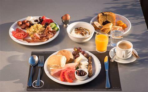 hotel breakfast in chania oscar suites village