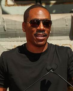 Eddie Murphy engages in social media as part of awards ...