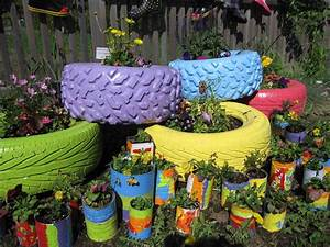 How to decorate your garden with tires 6 for How to decorate your garden