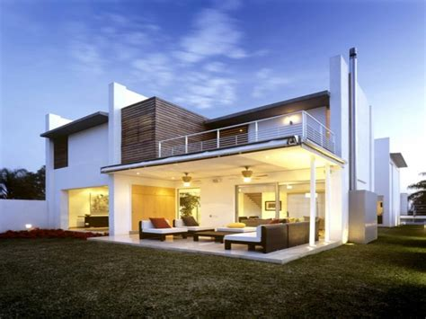 Modern Houses : Contemporary Storey Modern House Plans