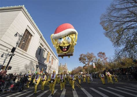 macys thankgiving parade broadcast  include