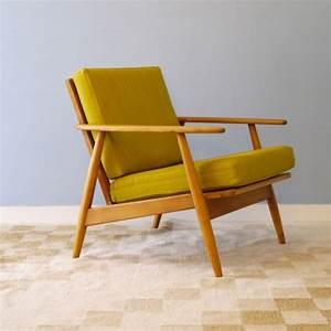 Fauteuil Jaune Ikea : fauteuil design vintage danois jaune la maison retro ~ Teatrodelosmanantiales.com Idées de Décoration