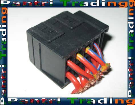 Bmw Fuse Box Clicking by Bmw E32 E34 E31 Fuse Box Carrier Holder Socket 1378982 Ebay