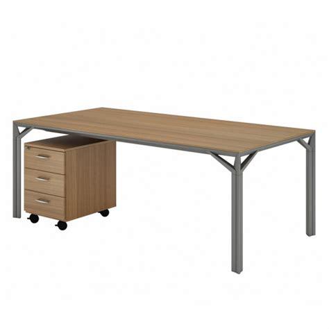 modele bureau design bureau droit 180cm 220cm en aluminium eight lemondedubureau