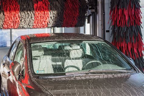 How To Use An Automated Car Wash For The First Time