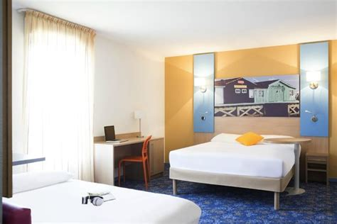 chambre ibis style chambre picture of ibis styles marennes oleron marennes