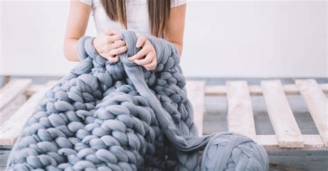 wolle für armstricken mach s dir selbst kuscheldecken stricken ganz ohne nadeln