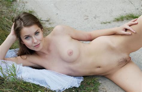 Busty Girl With Very Beautiful Pussy Outdoors — Russian