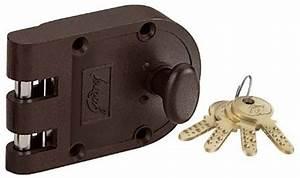 Godrej Ultra Vertibolt Texture Brown 1CK Lock - Buy Godrej ...