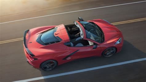 Although you'll find a few similar specs — weight and dimensions, mostly — the majority of people pitting the 2020 corvette vs. The 2020 Corvette Versus the Competition | CorvSport.com