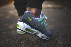 Nike Air Max 95 iD Neon Alternate par Sneakers Addict