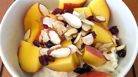 fruit and cottage cheese cottage cheese fruit bowl