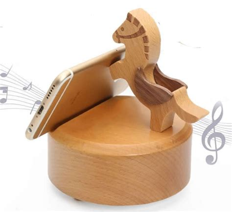 wooden horse shaped bluetooth speaker mobile phone ipad