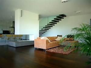 Treppe Im Wohnzimmer : wird weitergeleitet auf ~ Lizthompson.info Haus und Dekorationen