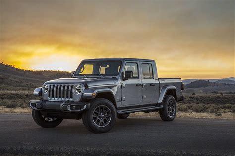 2020 Jeep Gladiator Debuts At The La Auto Show
