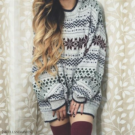 Sweater winter outfits tumblr oversized winter outfits christmas sweater tights socks ...