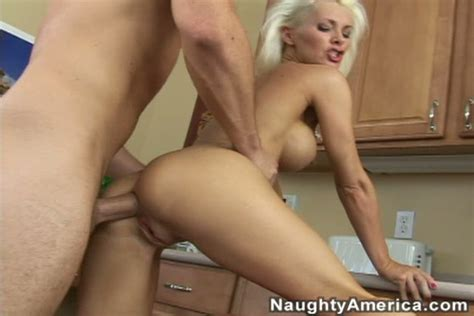 Anal Sex Lover Brandi Edwards Gets Fucked In The Kitchen