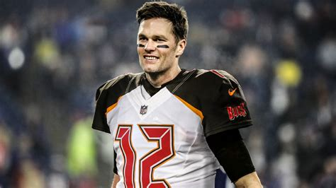 View photos of quarterback tom brady in the new buccaneers uniforms. Tom Brady Set To Become A Buccaneer
