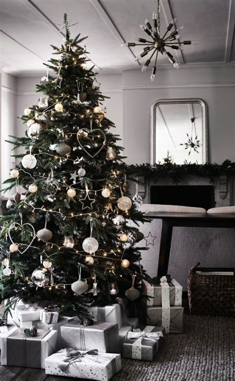 Weihnachtsbaum Rot Silber Geschmückt by Weihnachtsbaum Silber Wei 223 Kaagenbraassemvoetbal