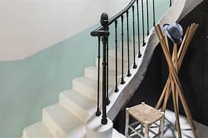 avant apres escalier restaurer les marches et peindre With peindre une cage d escalier 0 avant pendant apras de la cage descalier la