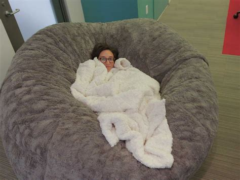 Lovesac Pillow by Insider Is Hiring A Paid Editorial Intern Business Insider