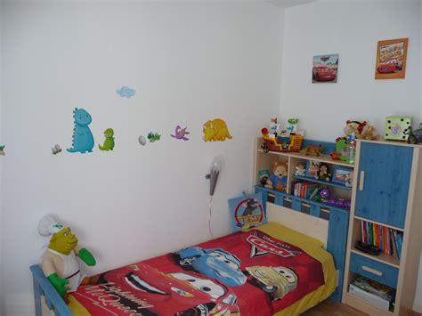 mon chambre chambre de mon fiston photo 2 3 le lit avec rangements